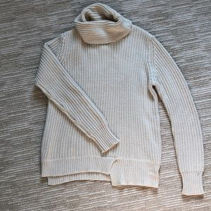 Zara Knit Cream Turtleneck Pullover Sweater